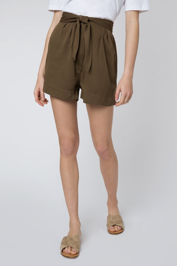 Cascais Shorts in Khaki