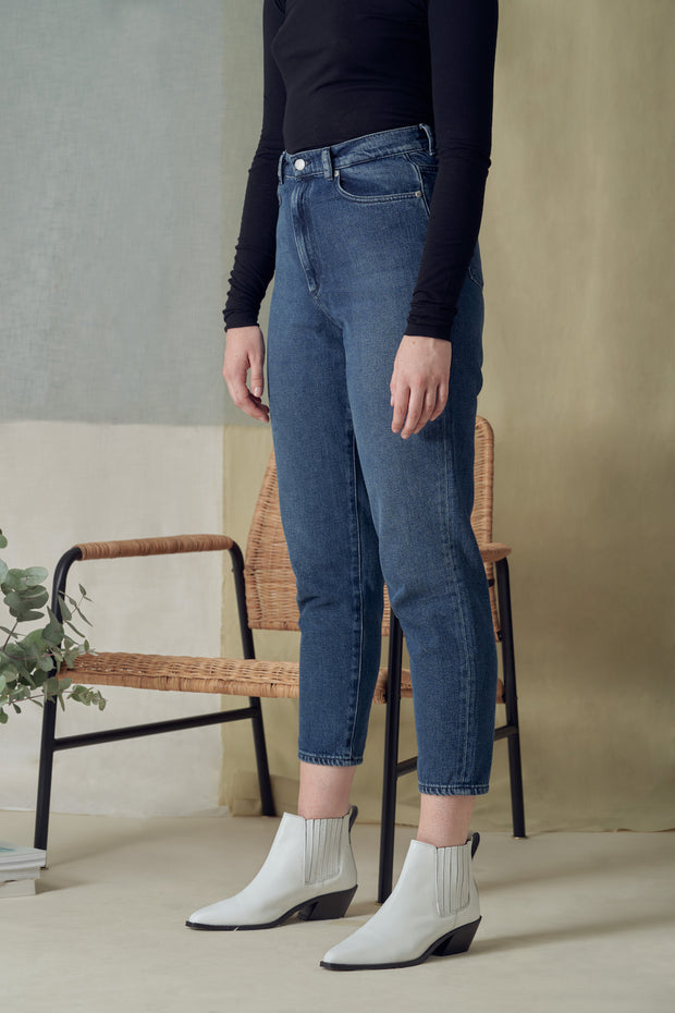 Mairaa Cropped Jeans