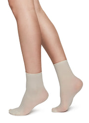 Judith Premium Socks 2-Pack in Creme/Dark Red