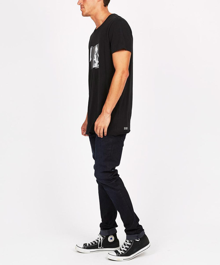 Menthols Short Sleeve T-Shirt Black