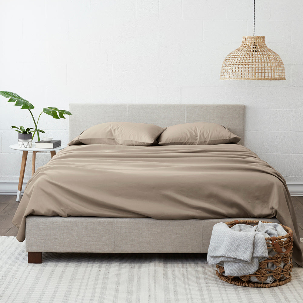 shopify-4-Piece Solid Sheet Set-5