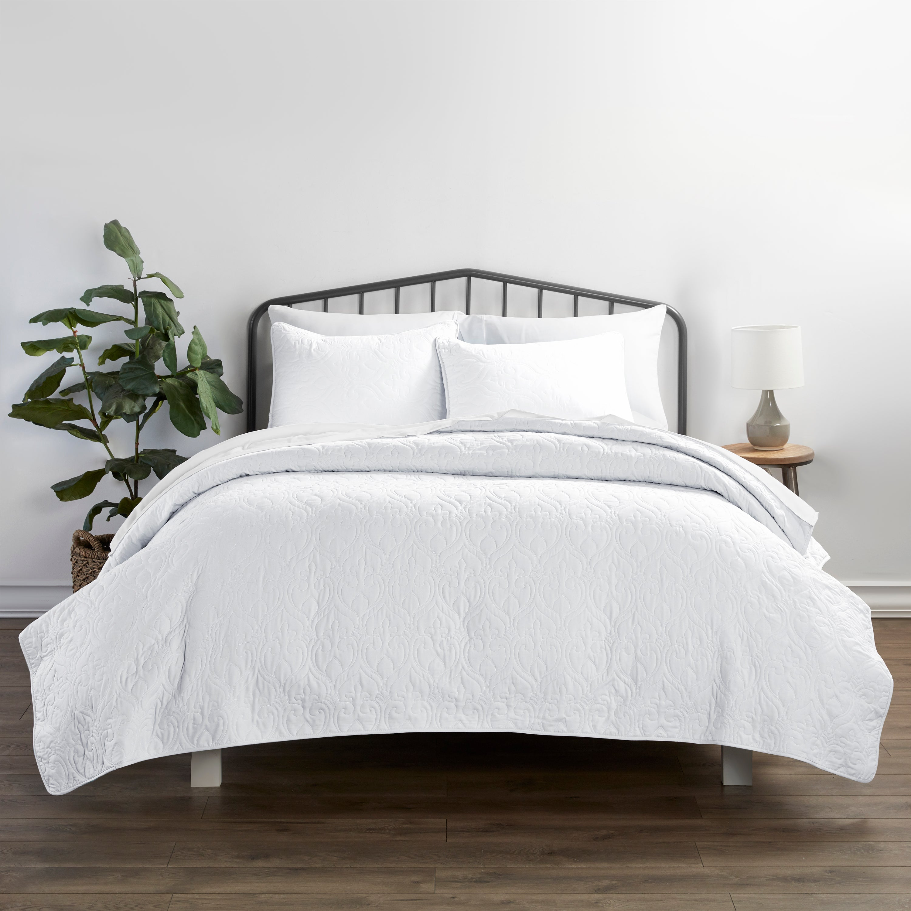 shopify-3-Piece Damask Quilted Coverlet Set-9