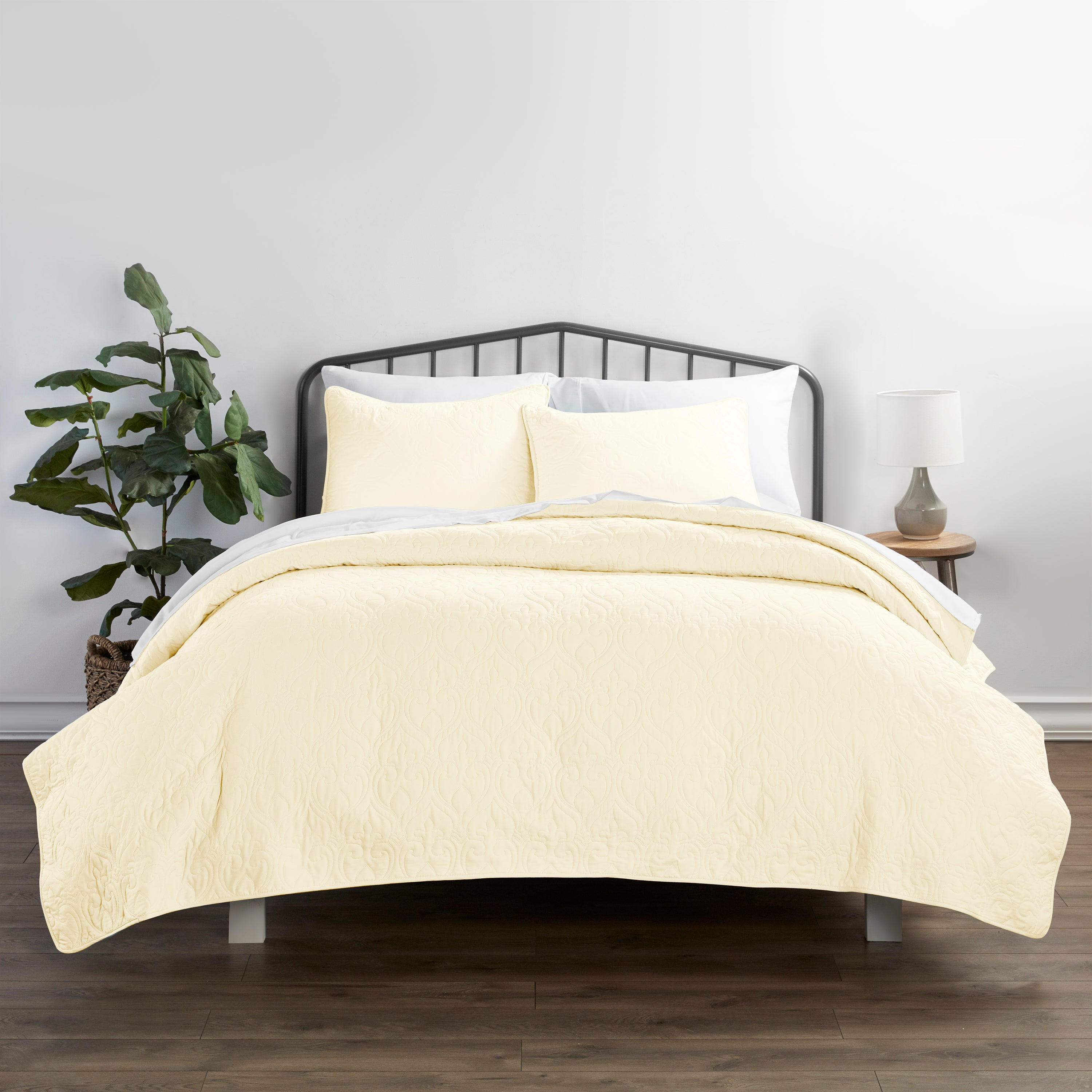 shopify-3-Piece Damask Quilted Coverlet Set-11