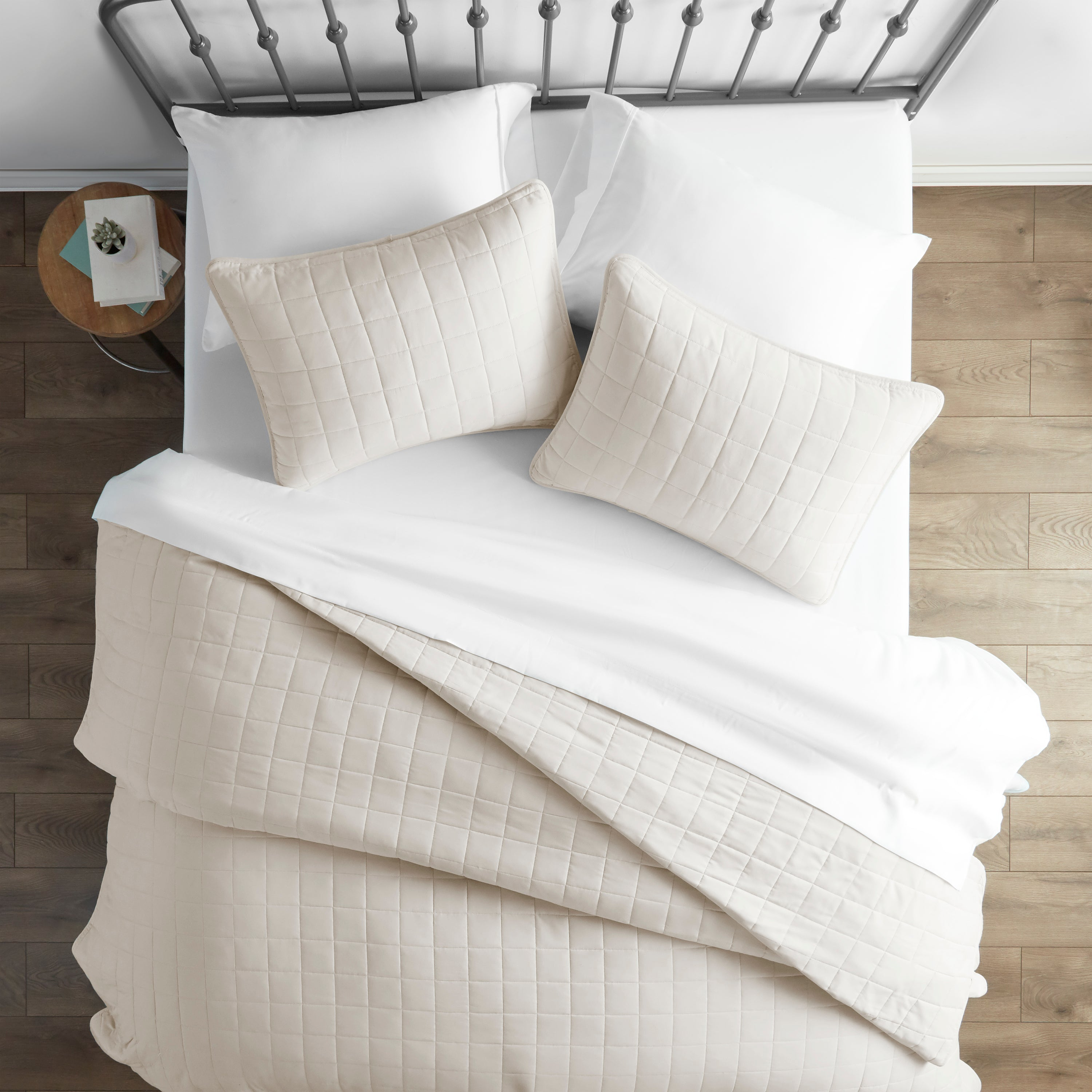 shopify-3-Piece Square Quilted Coverlet Set-6