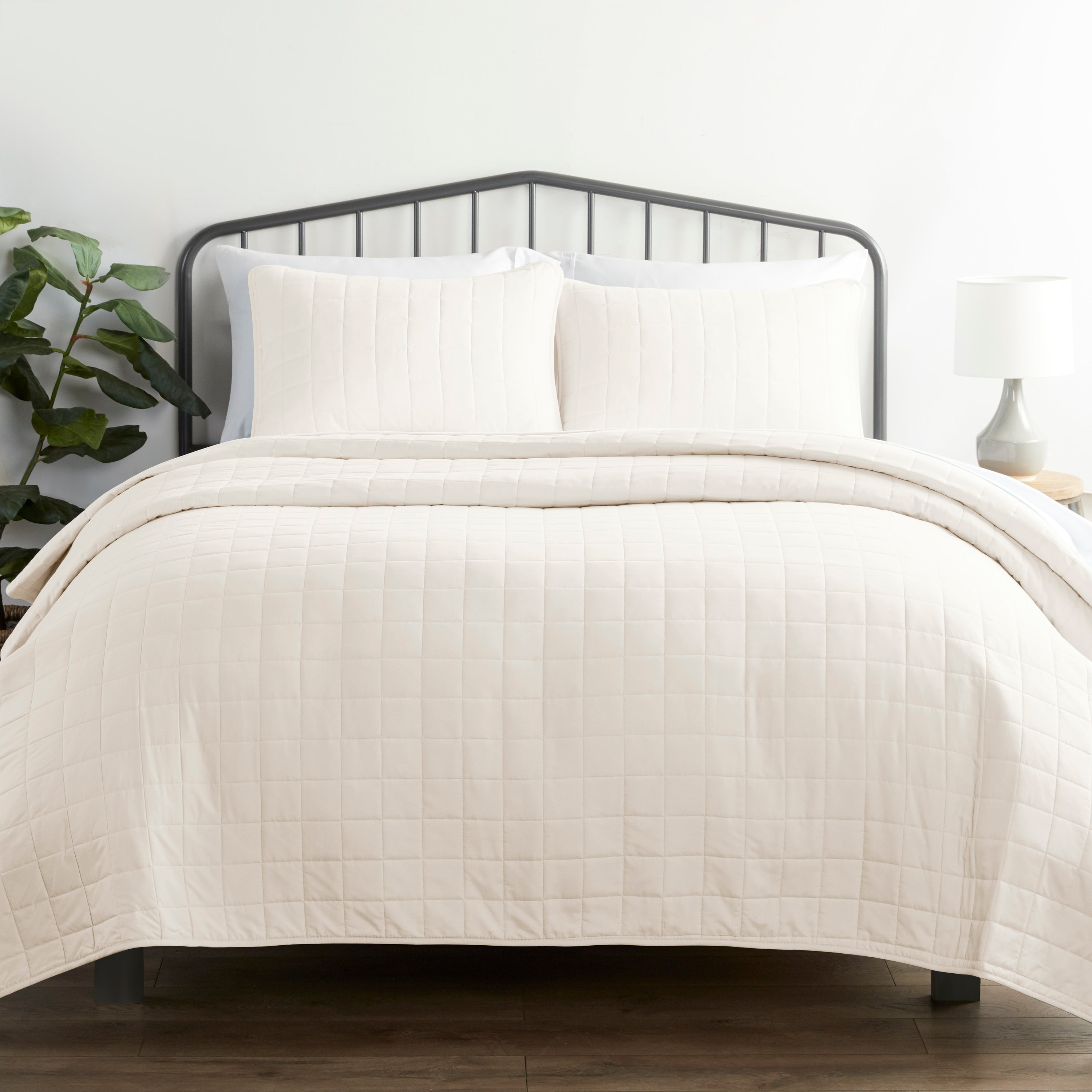 shopify-3-Piece Square Quilted Coverlet Set-5