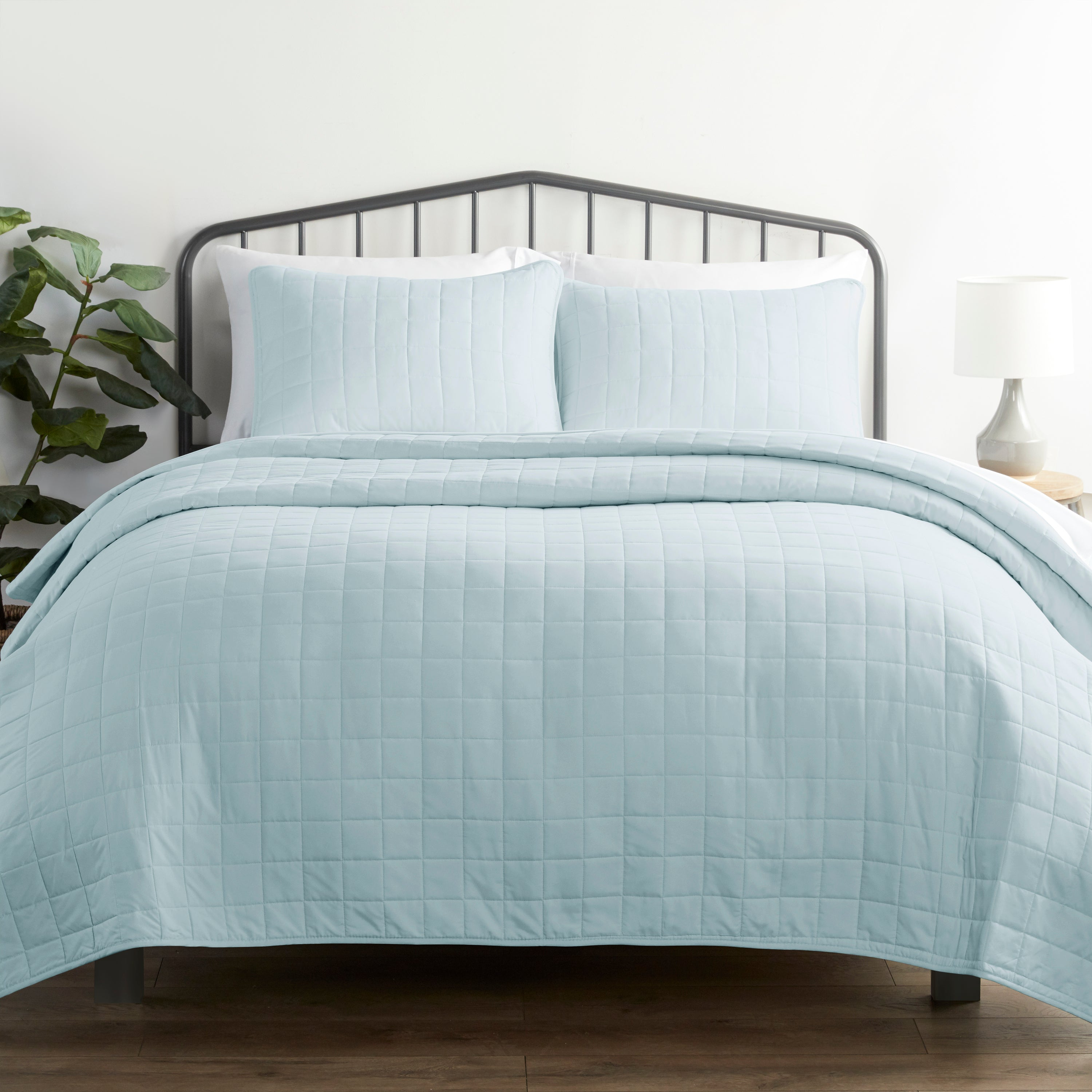 shopify-3-Piece Square Quilted Coverlet Set-1