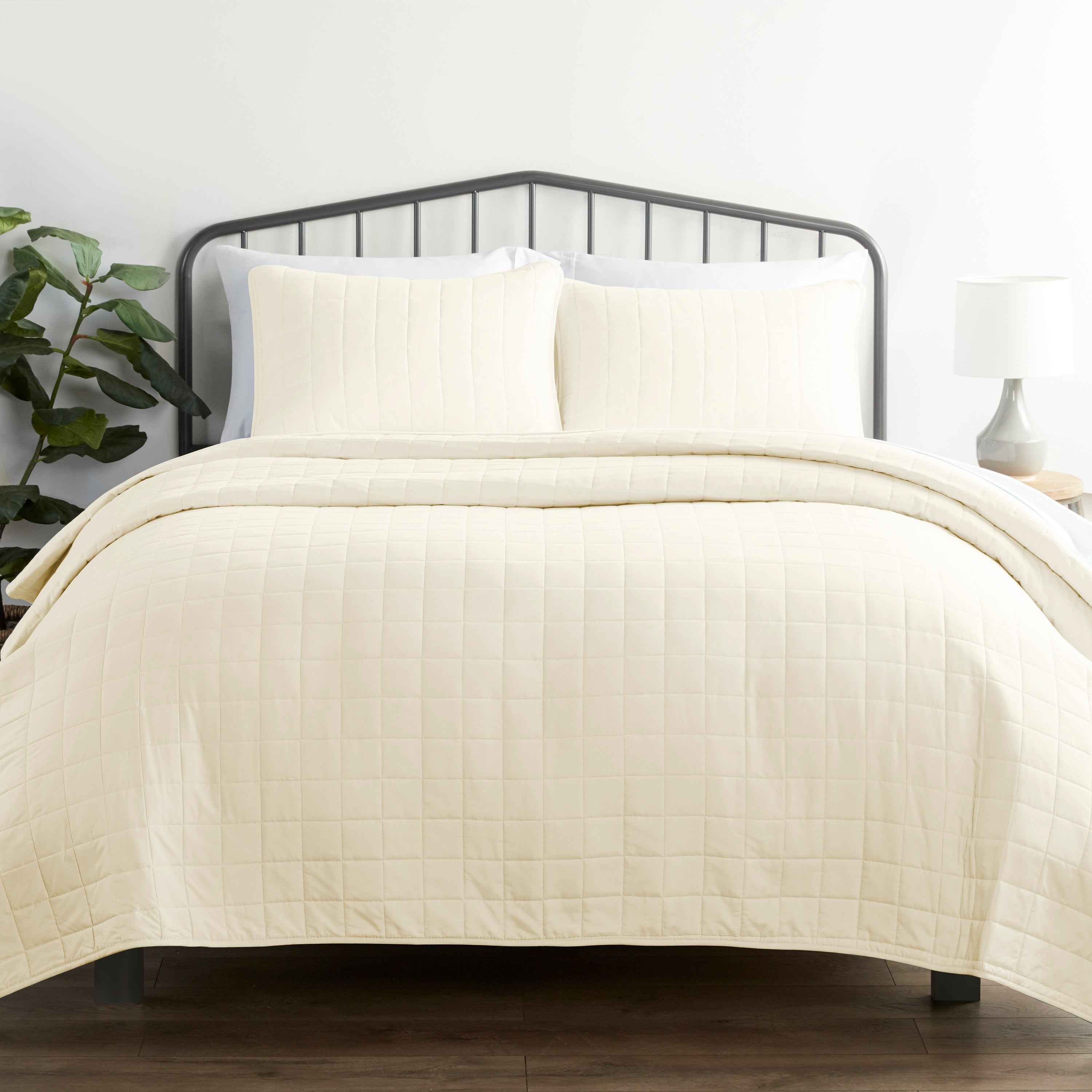 shopify-3-Piece Square Quilted Coverlet Set-11