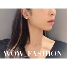 Load image into Gallery viewer, Swarovski Pearl Earrings 珍珠長耳環 (SWPE018)