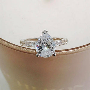 Pear Cut Pave Solitaire Ring 梨形碎鑽戒指 (JR049)