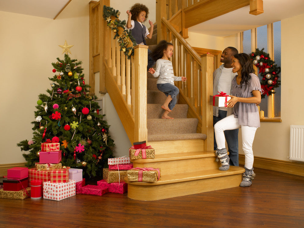 How to Keep Your Staircase Clean for the Holiday Season