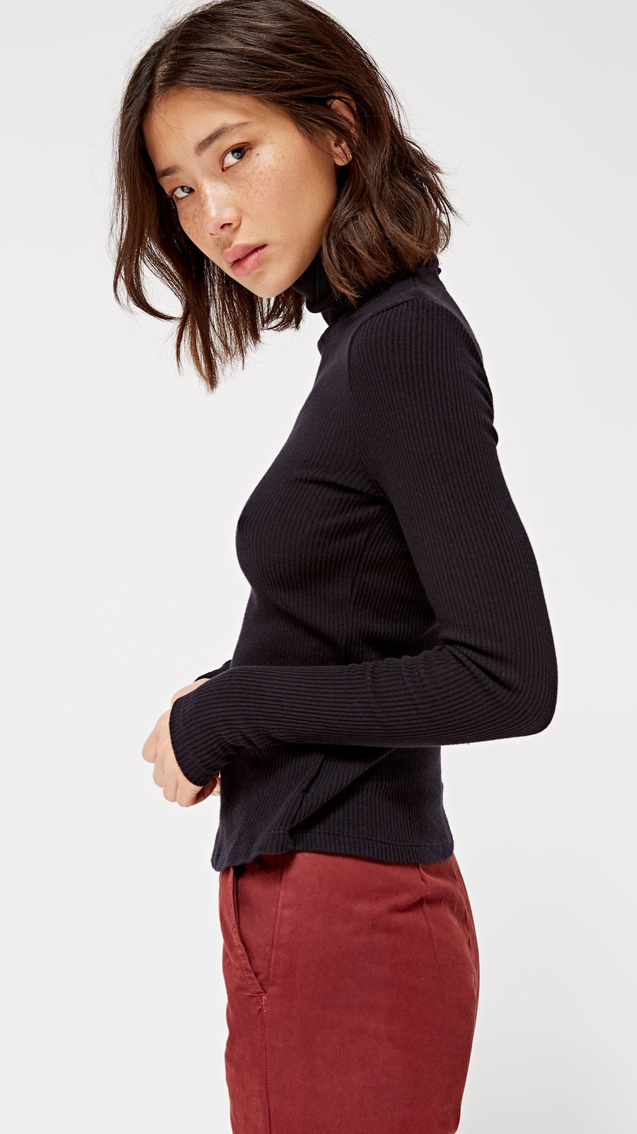 LACAUSA Clothing Sweater Rib Turtleneck in Tar