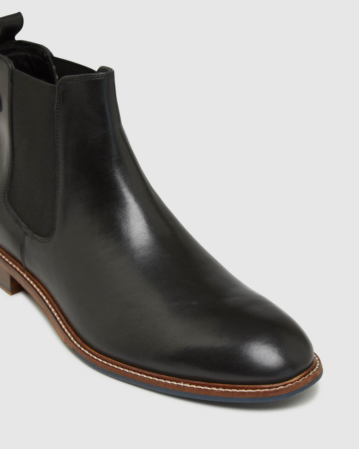 SILAS LEATHER CHELSEA BOOTS