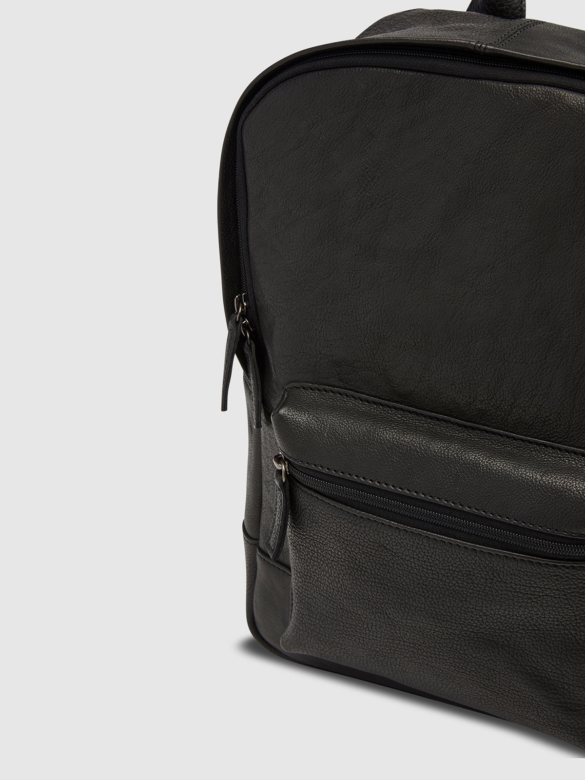 BENTLY II LEATHER BACKPACK BLACK