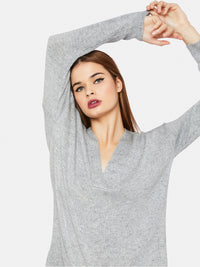 KITTY SOFT RELAX FIT V-NECK KNIT