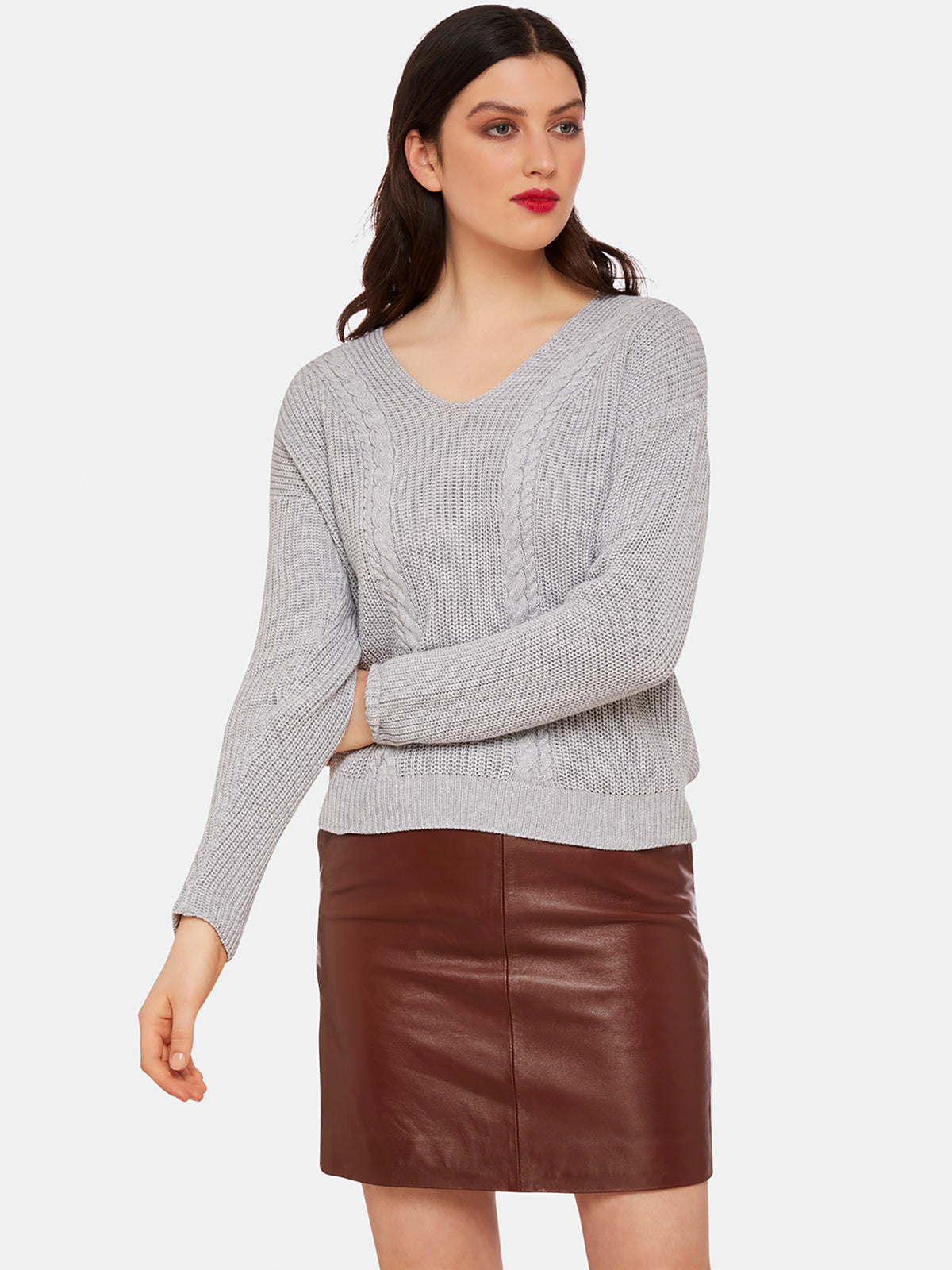 SELINA V-NECK CABLE KNIT