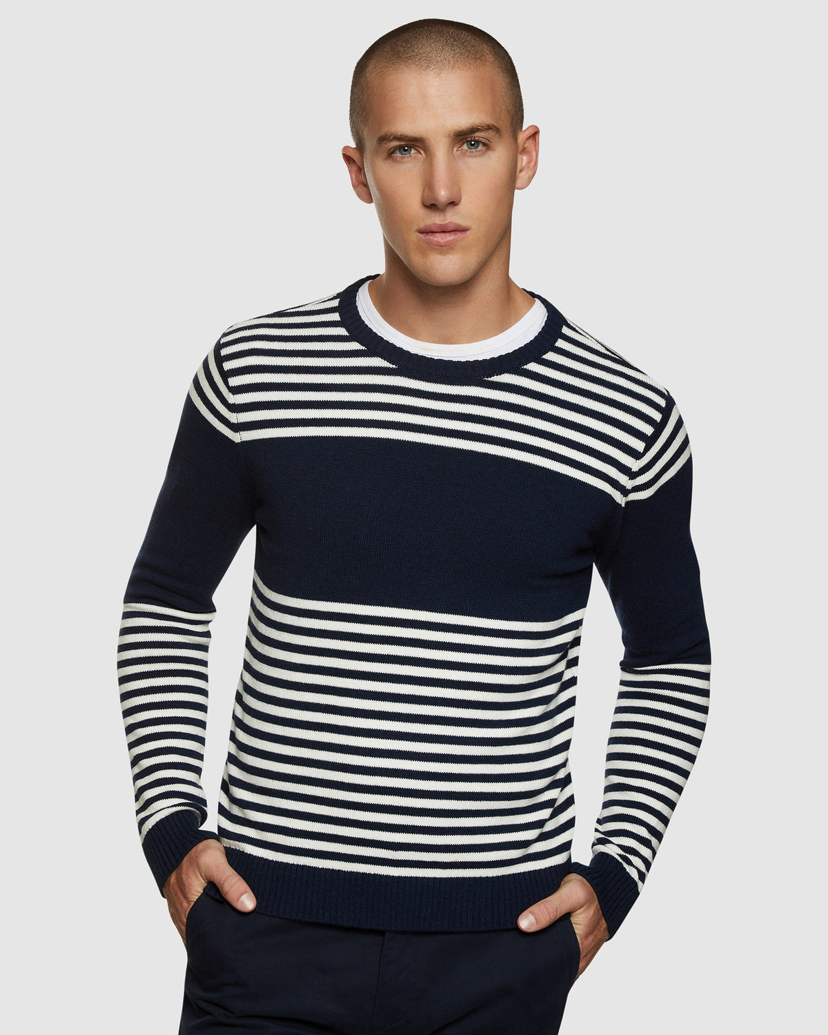 LUKA STRIPED CREW NECK PULLOVER NAVY/WHITE