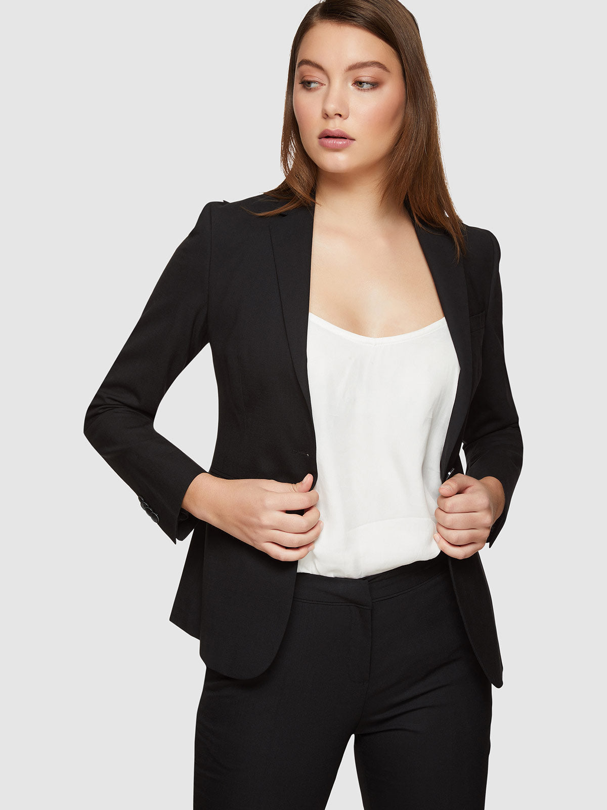 ALEXA WOOL STRETCH SUIT JACKET BLACK