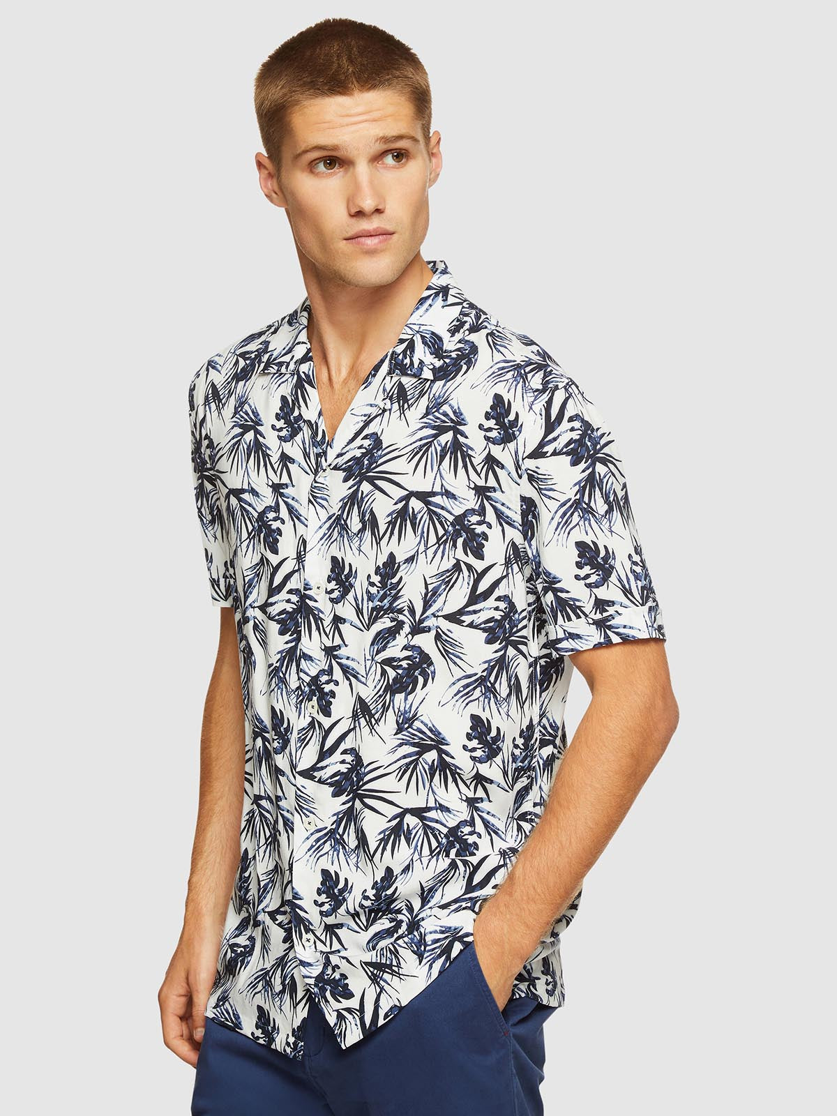 PUTNEY PRINTED S/S SHIRT WHITE/NAVY