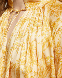 SANDY TROPICAL PRINT TOP MUSTARD