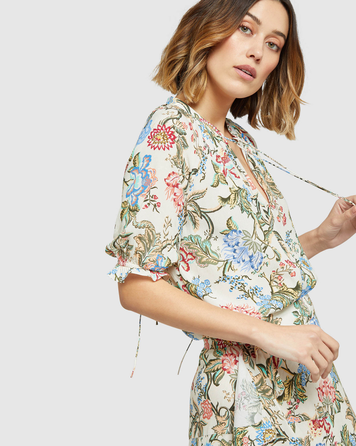 ISABEL CHINTZ PRINT TOP SAND MULTI