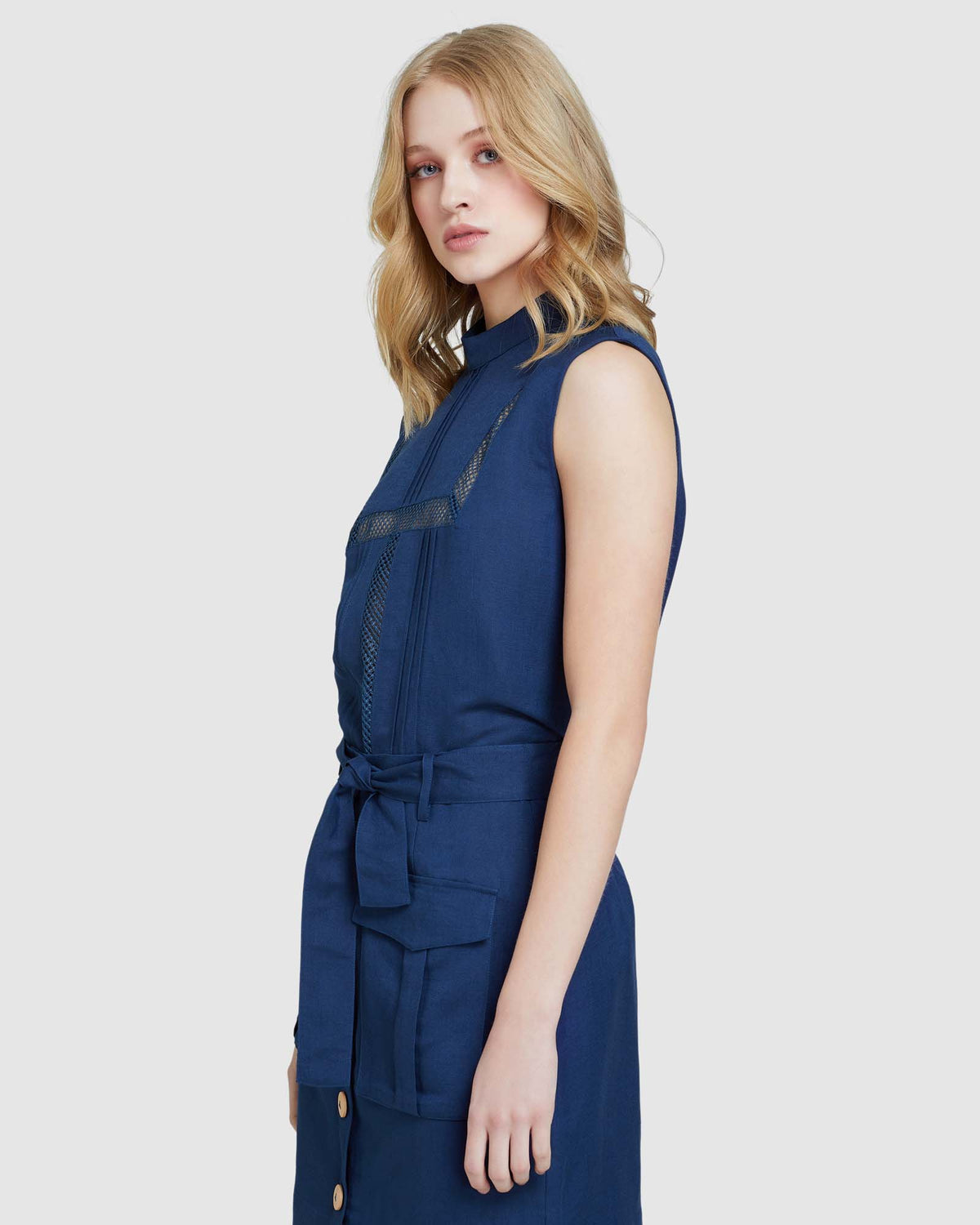 HOLLY LINEN WITH LACE DETAIL TOP BLUE