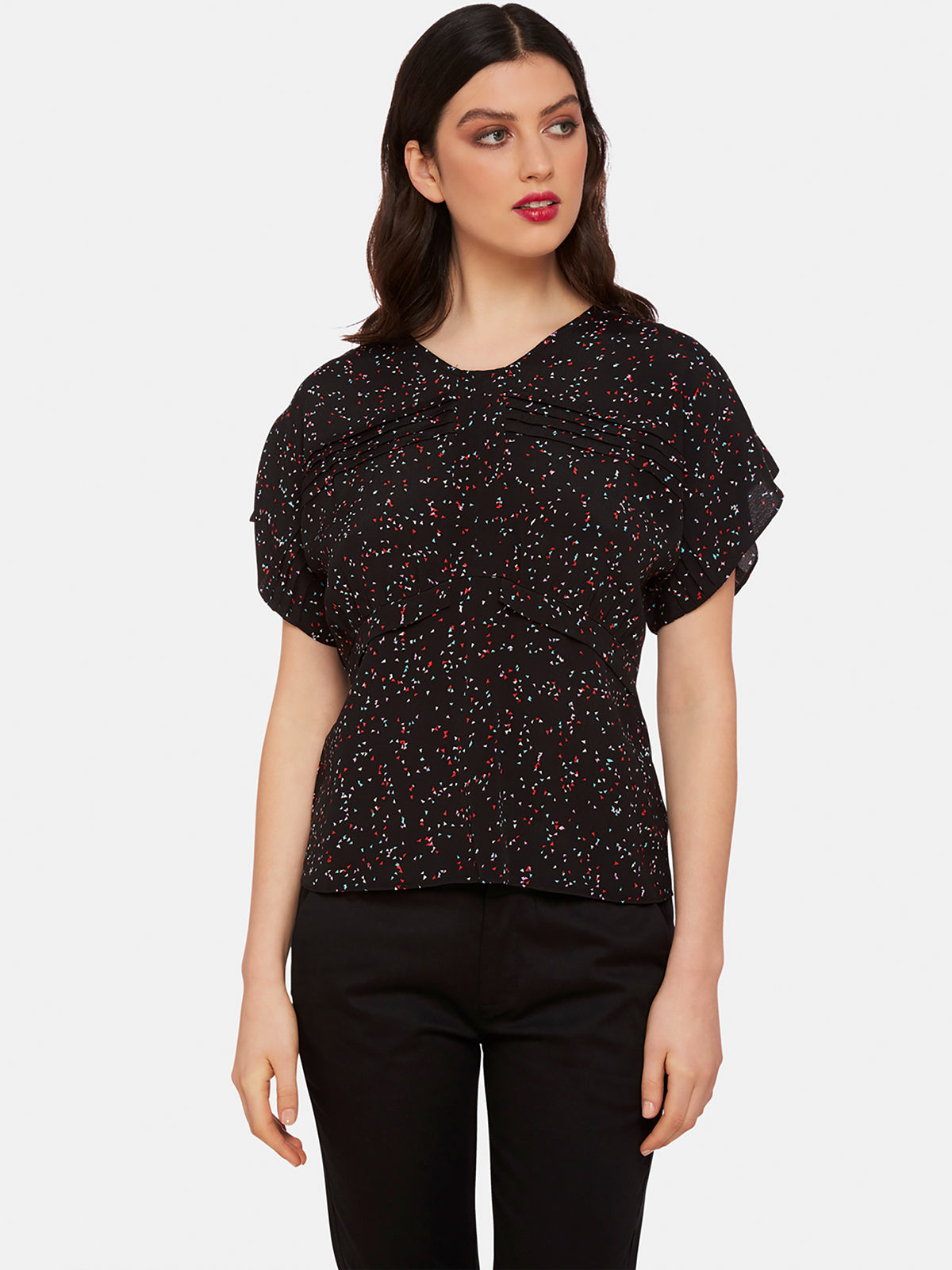 AMY BLACK TRIANGLE PRINT TOP BLACK MULTI