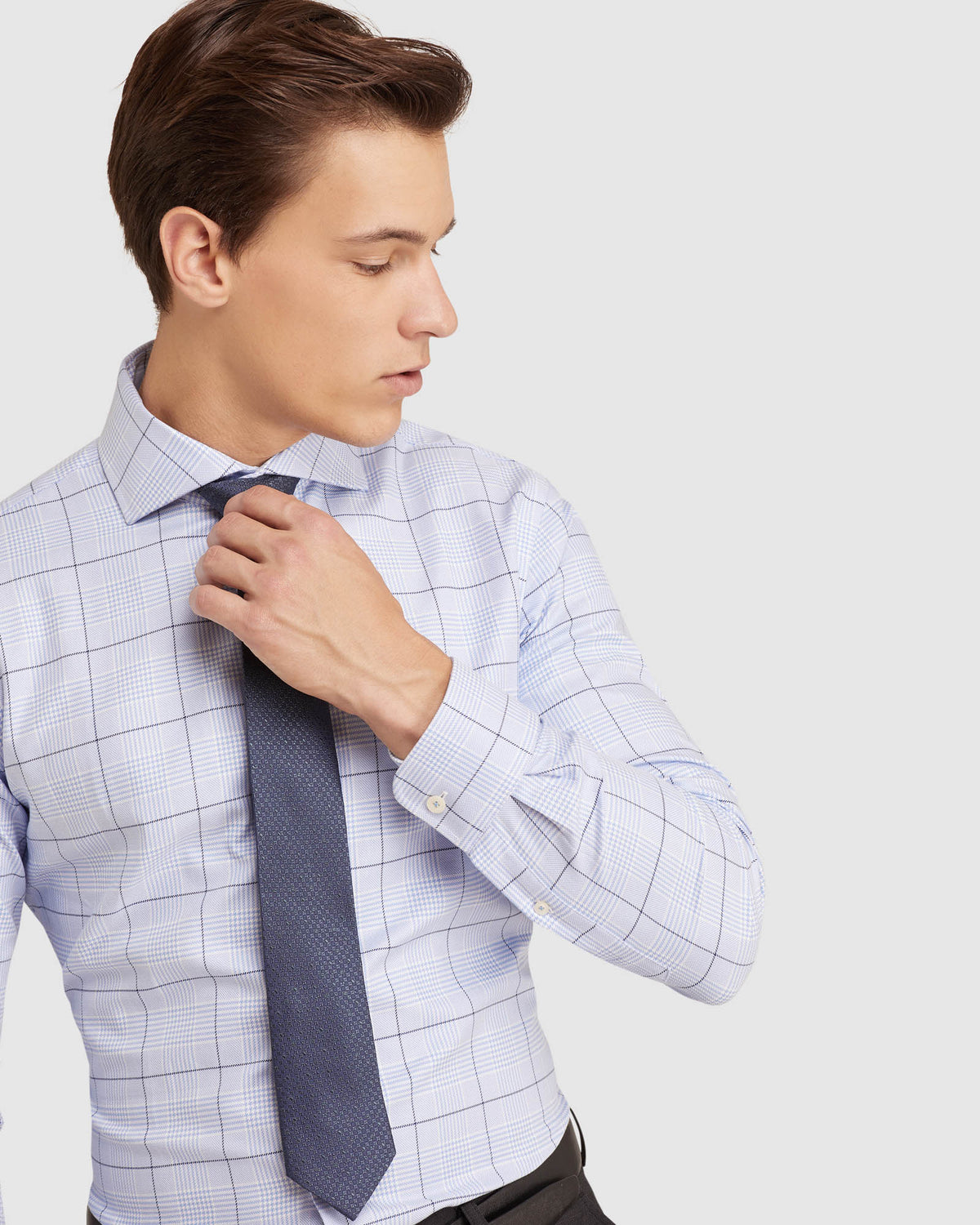 TRAFALGAR CHECKED SHIRT LIGHT BLUE