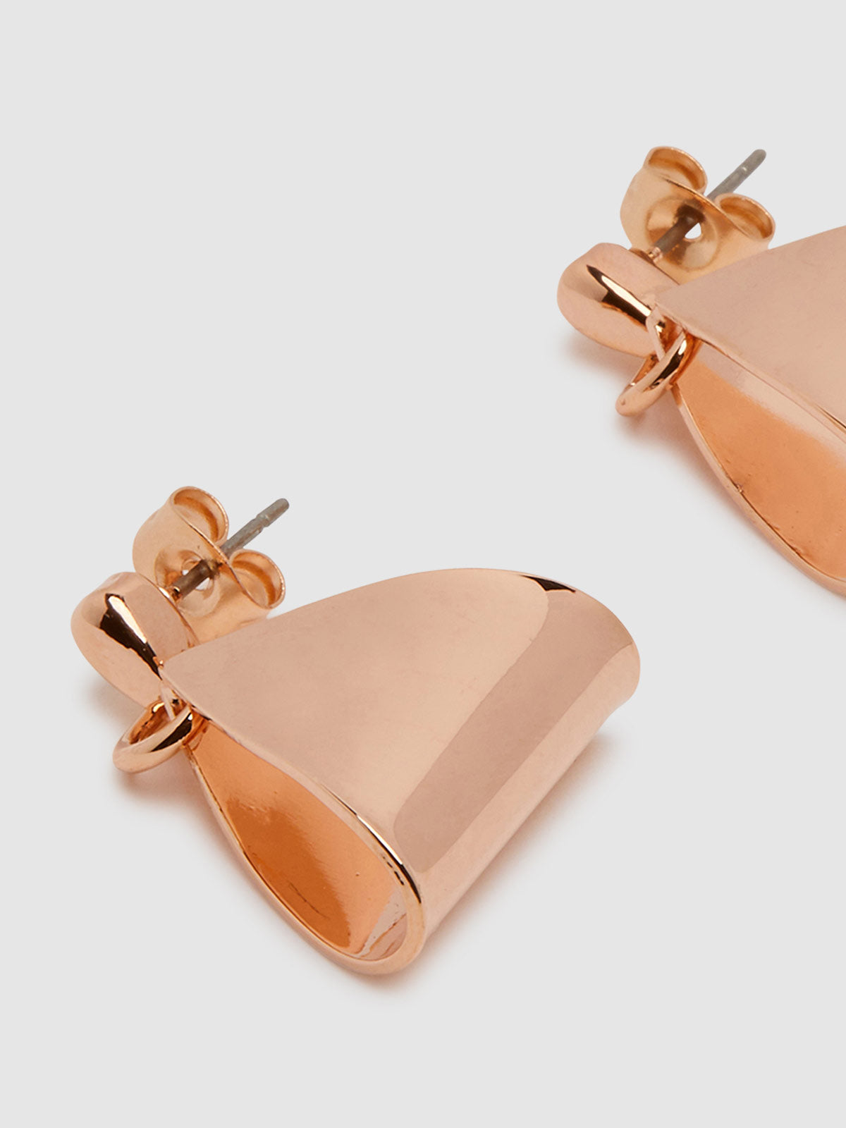 POSIE DROPPED TRIANGLE EARRINGS ROSE GOLD
