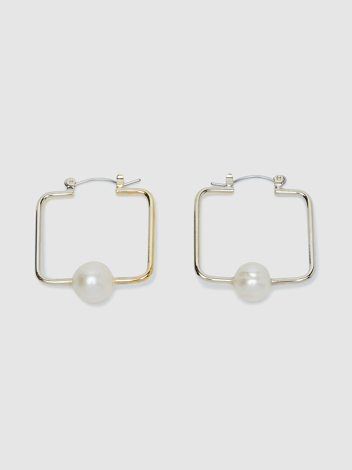 BONITA SQUARE PEARL EARRINGS PALE GOLD/PEARL
