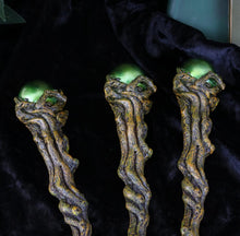 Load image into Gallery viewer, Emerald Orbuculum (Set Of 3) 24cm Tree Wand