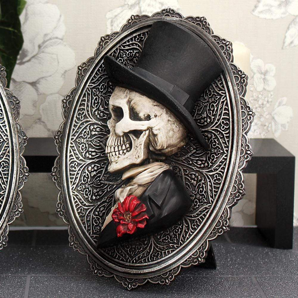 Nemesis Now Handsome 22cm Skeleton Wall Hanger