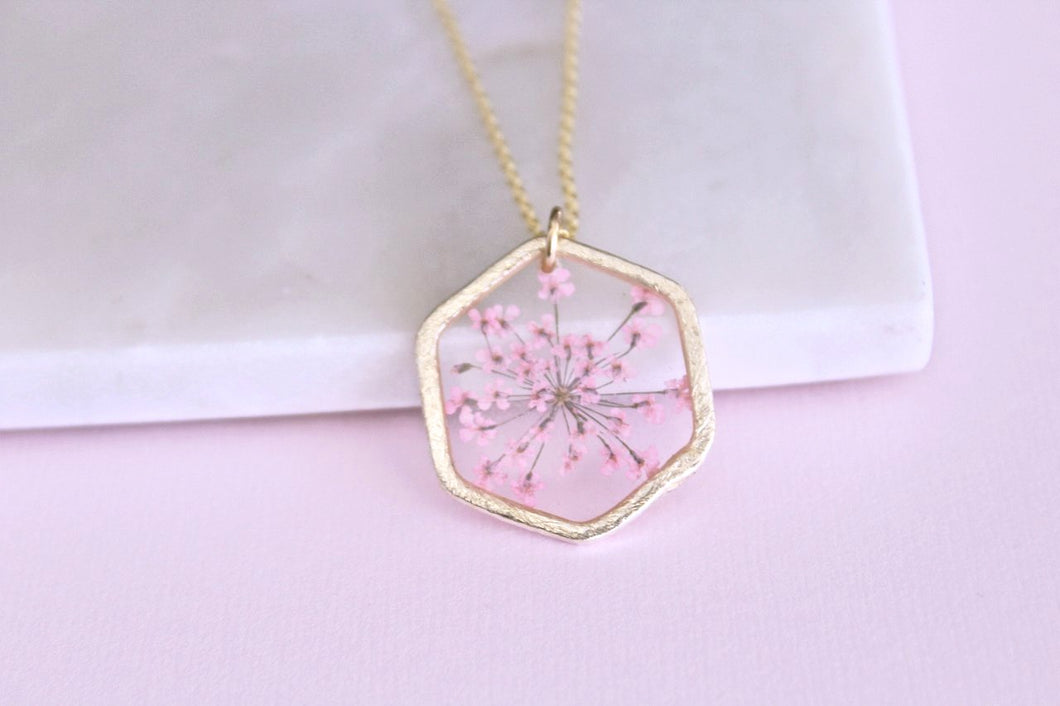 Light Pink Queen Annes Lace Necklace in Gold
