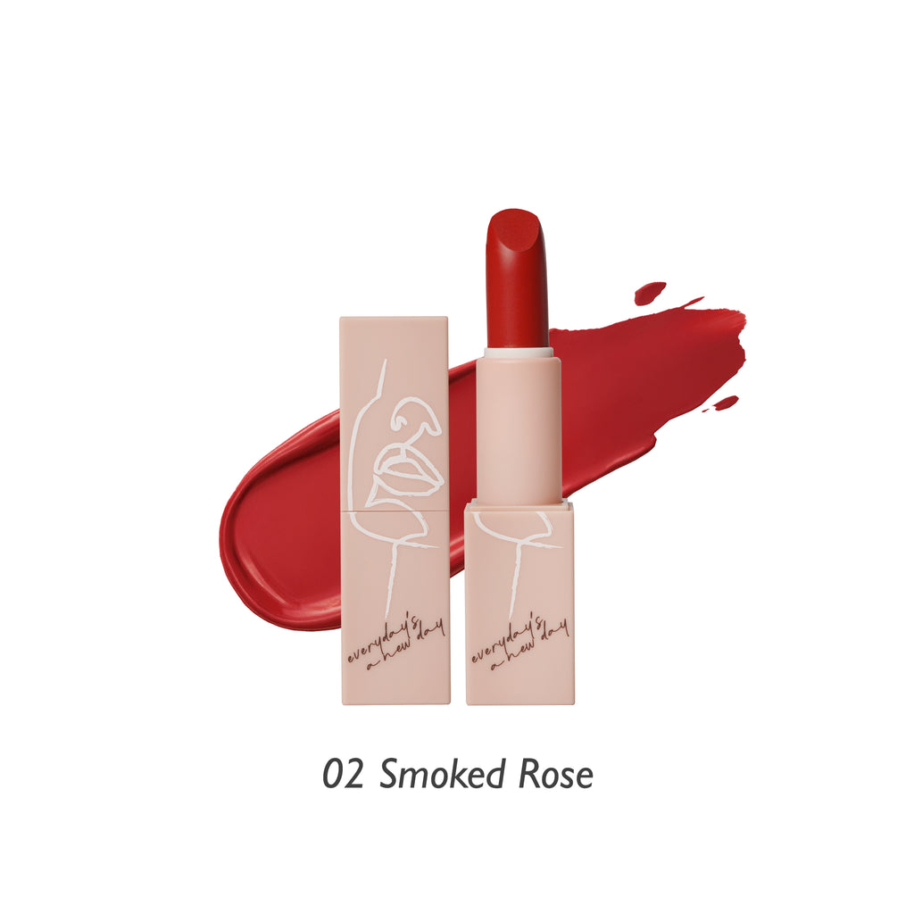 Soft-Matte Lipstick (02 Smoked Rose)