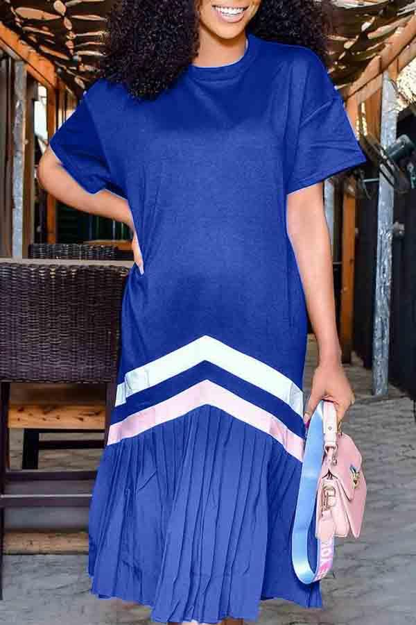 Short Sleeve Striped Round Neck Pleated Dress