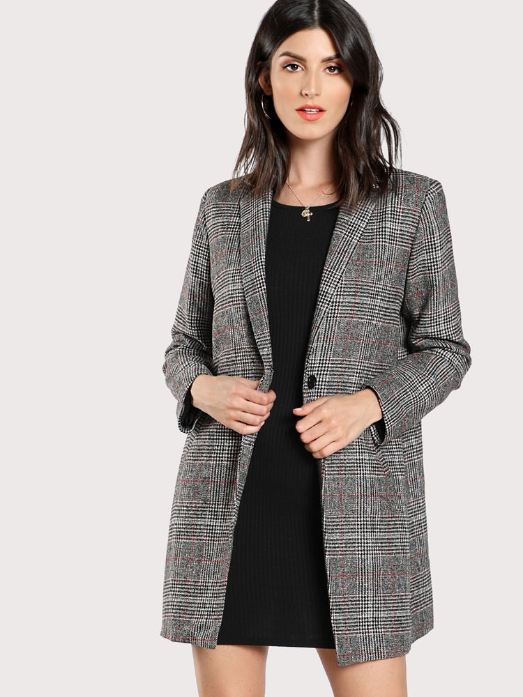 Elegant women's plaid boxy blazer