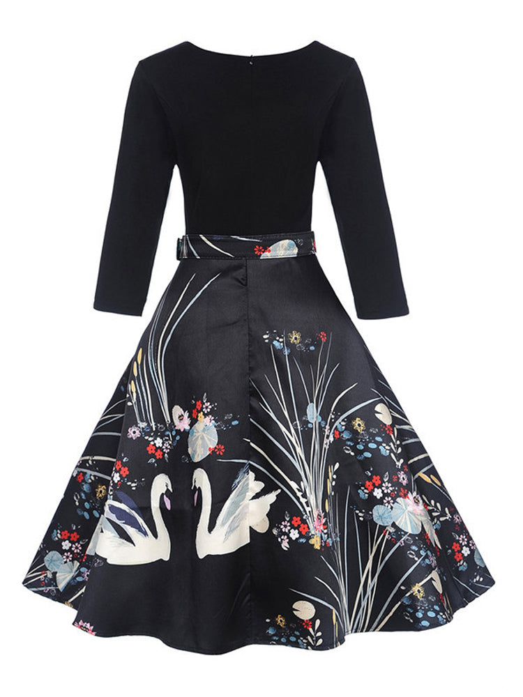 V-neck cropped sleeve swan print A-line dress