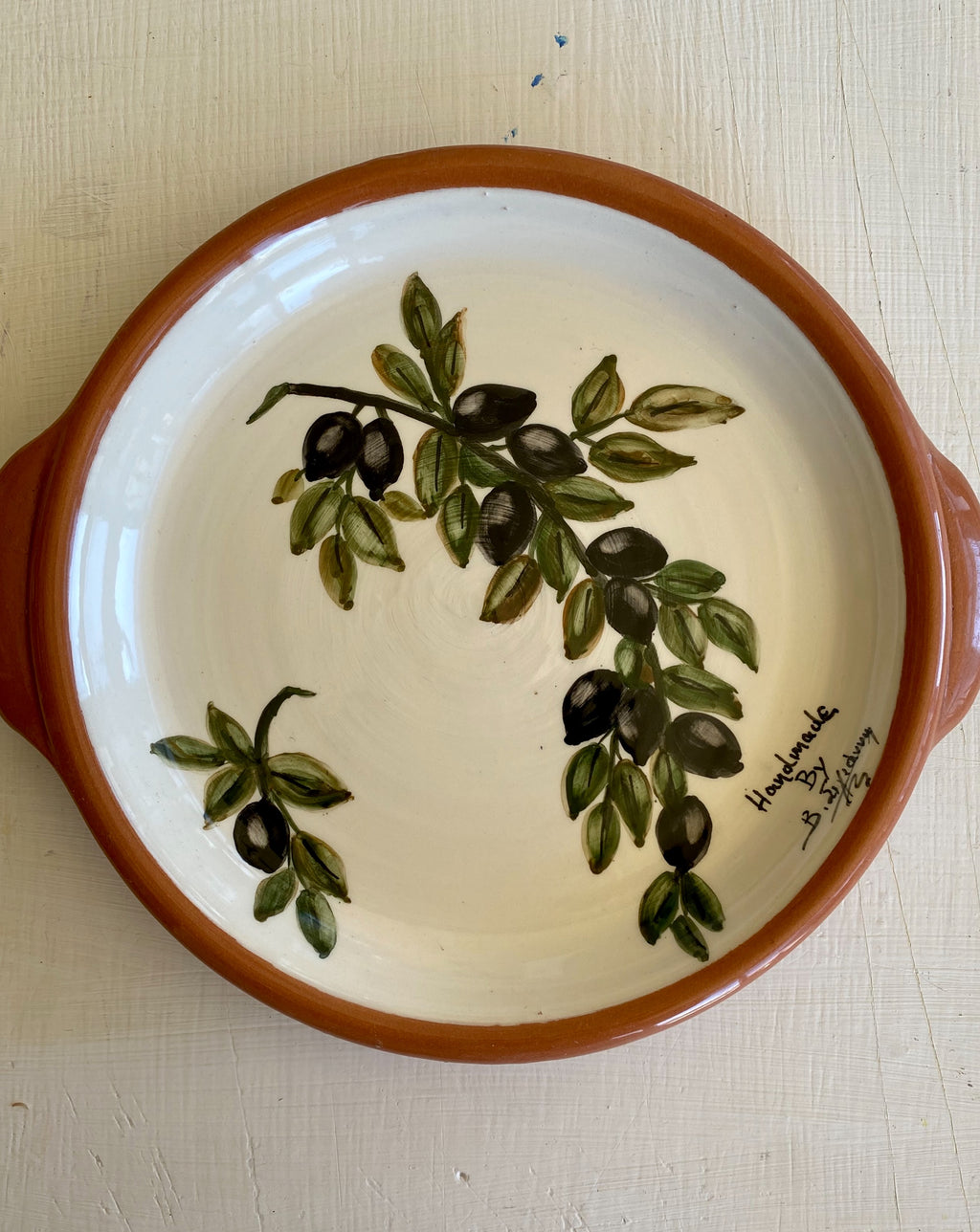 ceramic plate with handles