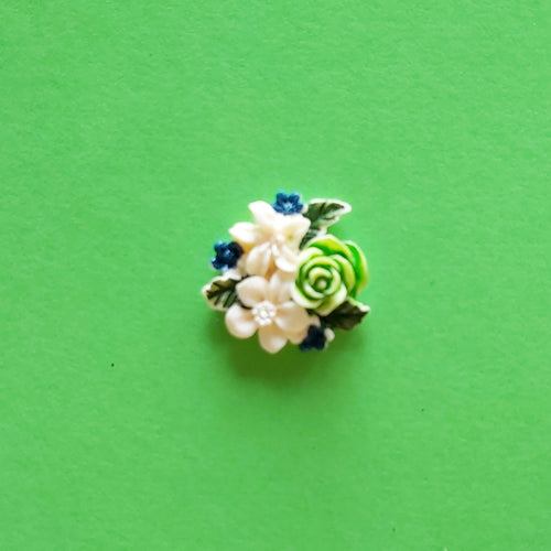 Vintage Style Green Floral pin
