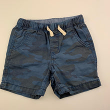 Load image into Gallery viewer, Boys Gap, blue cotton camo print shorts, elasticated, button missing from back pocket, FUC, size 2