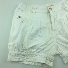 Load image into Gallery viewer, Girls Annil, cute white lightweight cotton shorts, adjustable, EUC, size 10