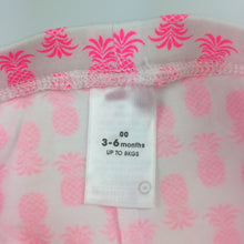 Load image into Gallery viewer, Girls Target, pink & white summer shorts, pineapples, EUC, size 00