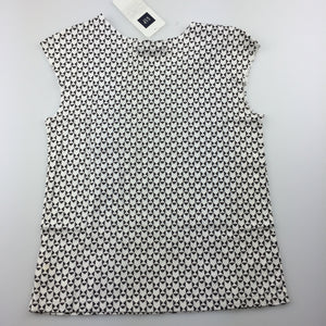 Girls Gap Kids, black and white print cotton top, NEW, size 6-7