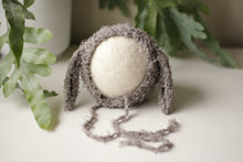 Load image into Gallery viewer, Textured (cotton-like) Lamb Bonnets