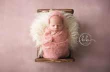 Load image into Gallery viewer, RTS Dusky Pink Feather Wrap and Bonnet Set