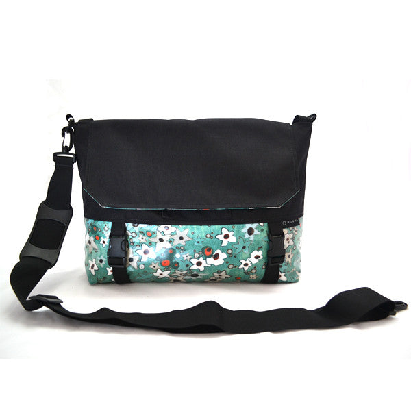 Go Anywhere Bag, Turquoise Flower