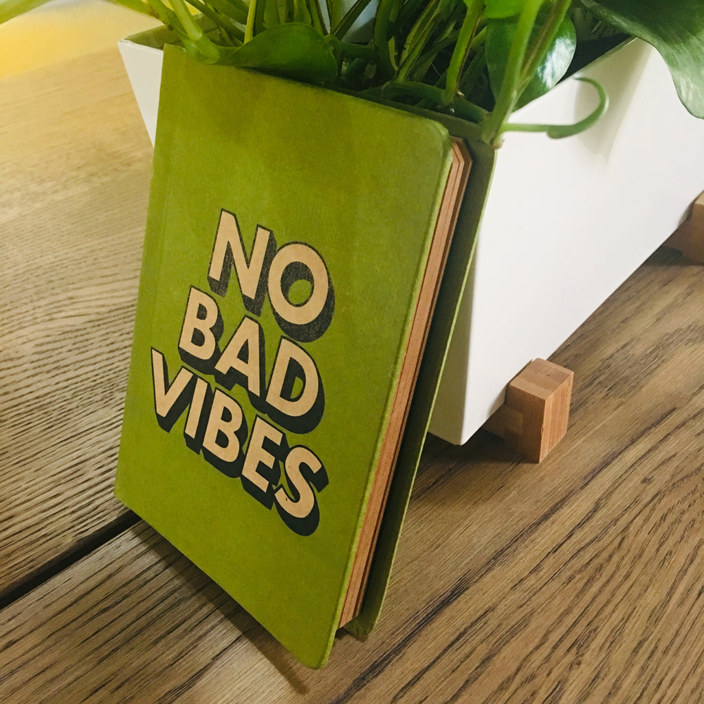 No bad vibes - TheArtsyBox
