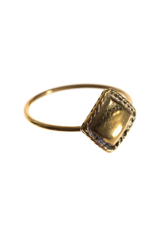 Ring vintage square brass xzota