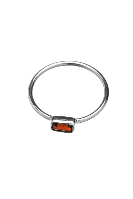Xzota ringen garnet rectangle silver