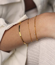 Load image into Gallery viewer, Armbanden - Chain bar - Gold plated
