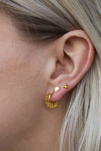 Oorbellen - Small flower stud - Gold plated